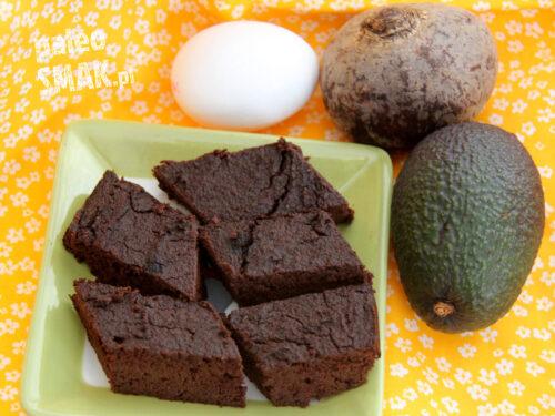 Ciasto czekoladowe paleo z buraków i awokado